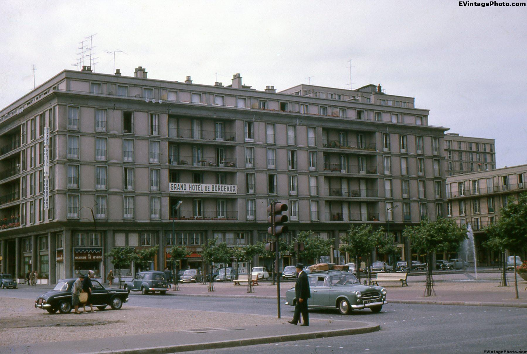 Grand hotel de bordeaux le havre france 1962 for Hotels near bordeaux france